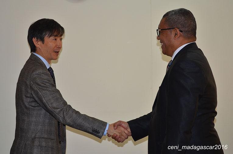 Visite de l'Ambassadeur de Japon