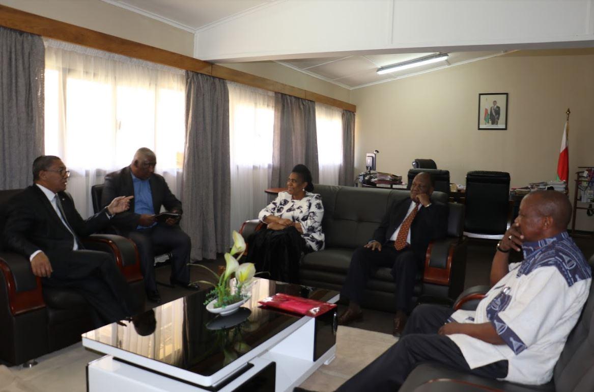 Séance de travail avec l'ECF SADC