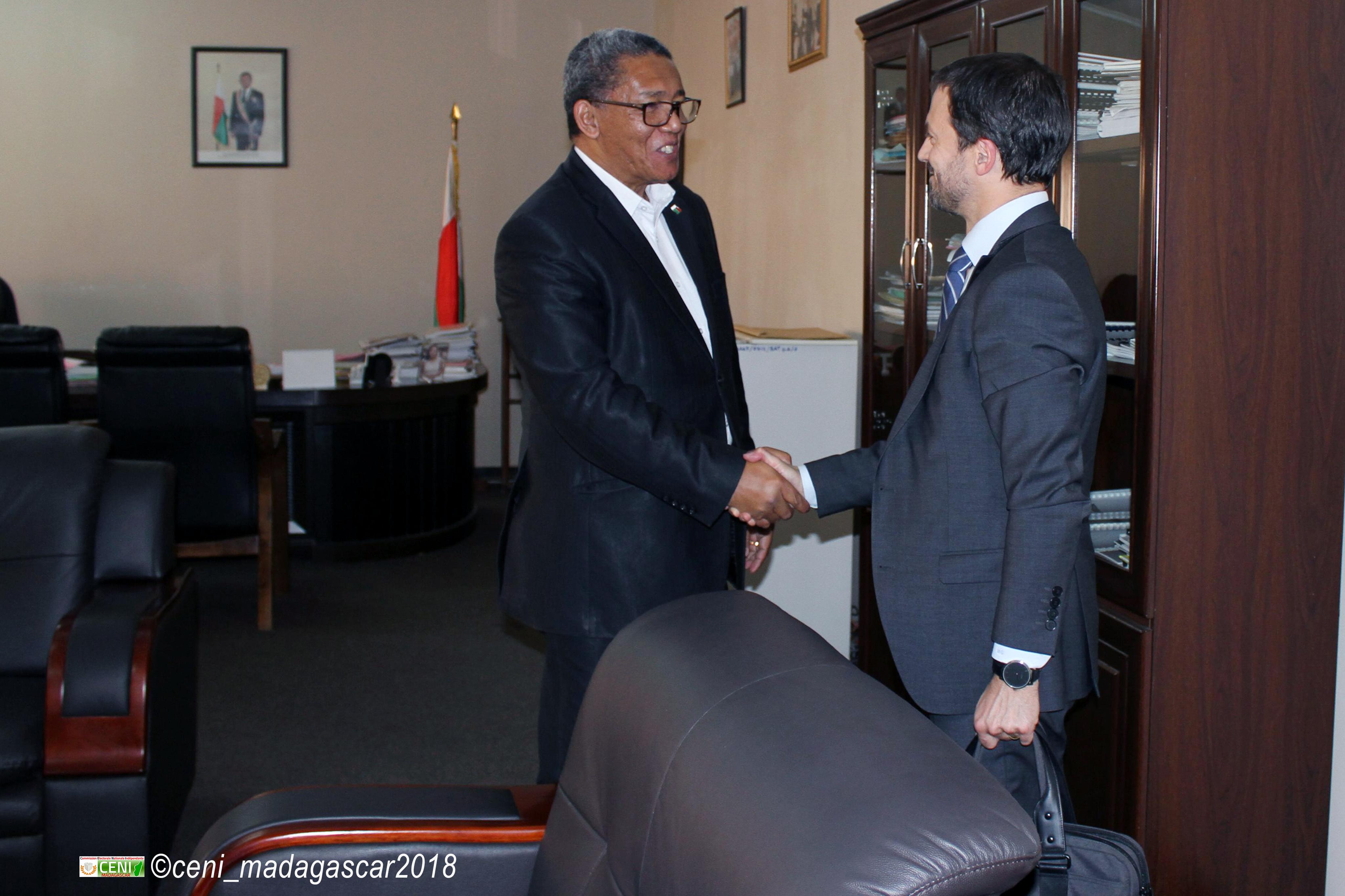 Visite de courtoisie du nouveau représentant du Fond Monétaire International à Madagascar auprès de la CENI