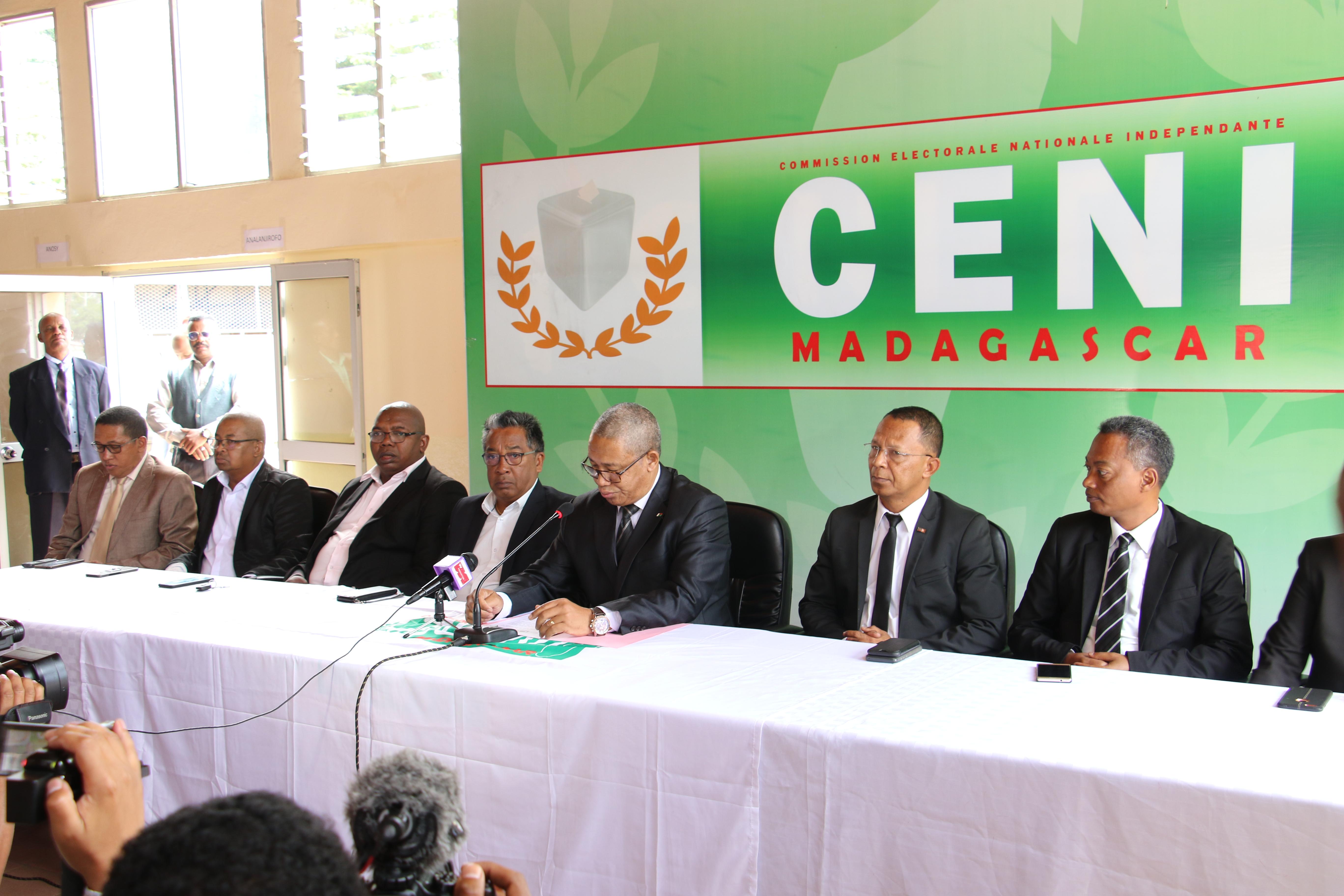Conférence de presse concernant la liste électorale